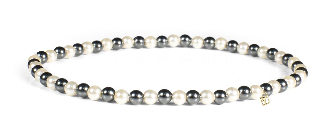 Black and Cream Pearls Bracelet